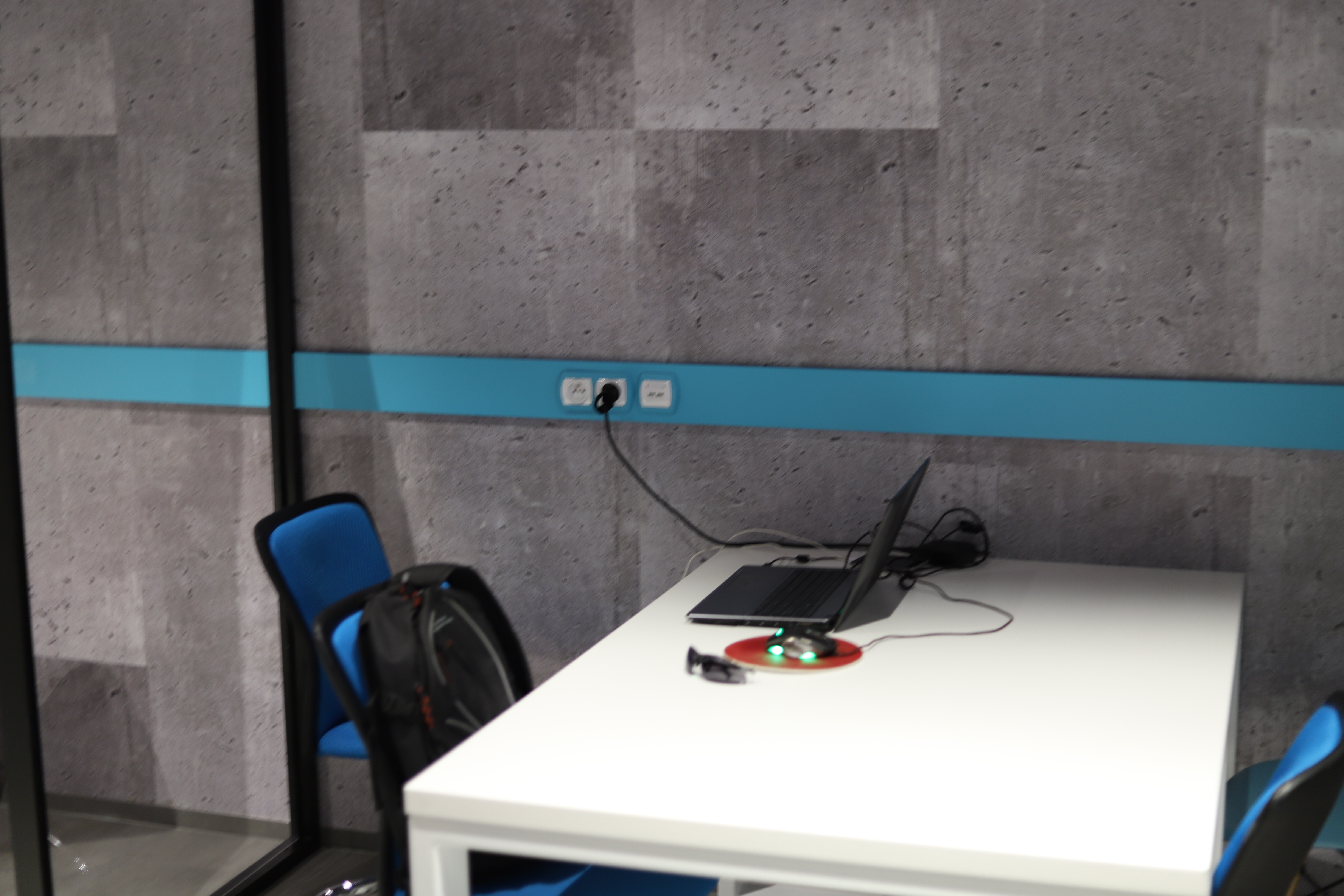 odwied coworking space przy naszym klubie bratys awska 4 xxl fitness platinium. Black Bedroom Furniture Sets. Home Design Ideas